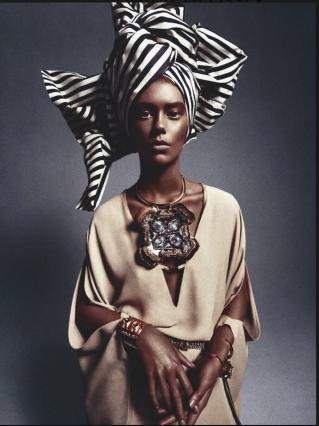 La mannequin noire est blanche arr t sur images for African photoshoot ideas
